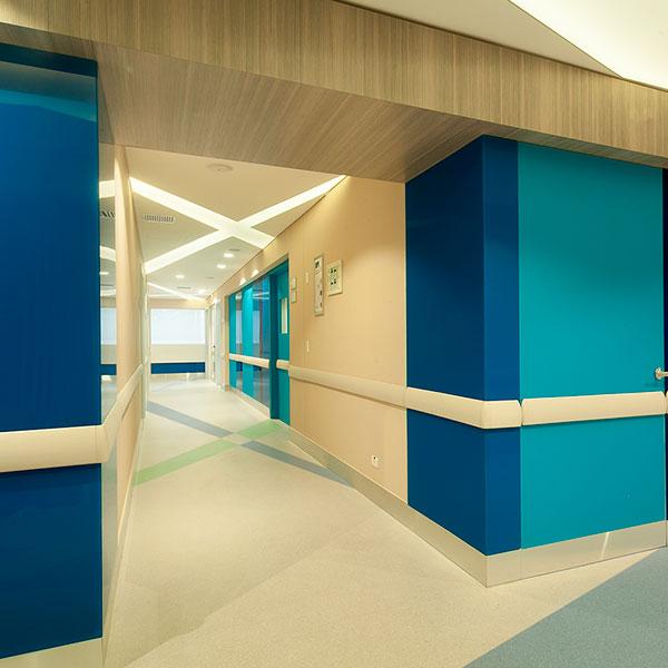 Diseño de interiores y remodelación Rodrigo Samper y Cía.