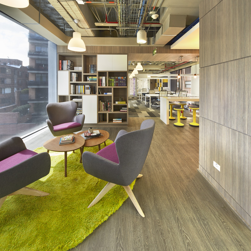JLL Offices. Hall.